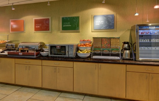 Comfort Suites Lindale Tyler North - Breakfast